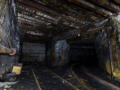 """8 февраля случилось обрушение в шахте """"Осинниковская"""". Детям погибшего выплатят компенсацию."""